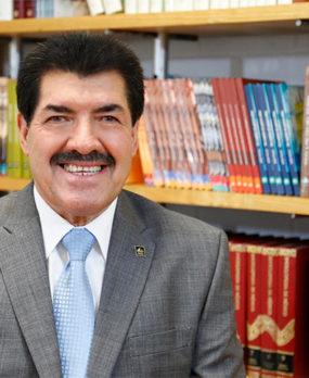Dr. Pedro Verónica Rosales